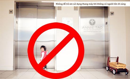 Kết quả hình ảnh cho trẻ em khi đi thang máy